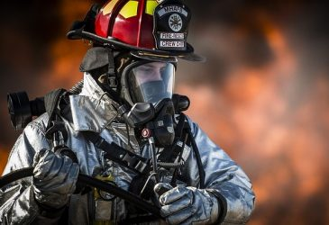 Best Wildland Firefighting Boots: Stay Safe While Going Through The Fire