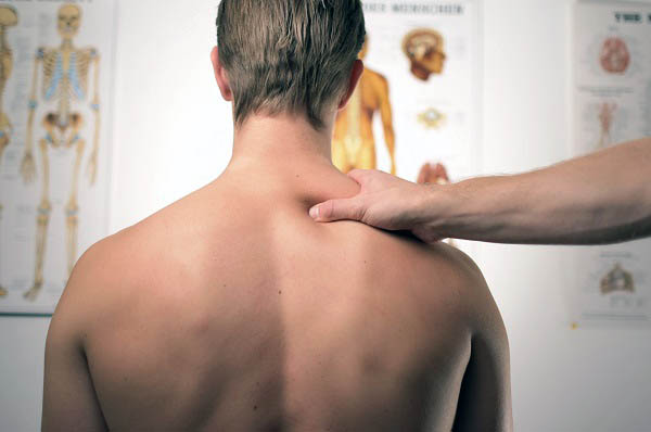 can a chiropractor help with foot pain
