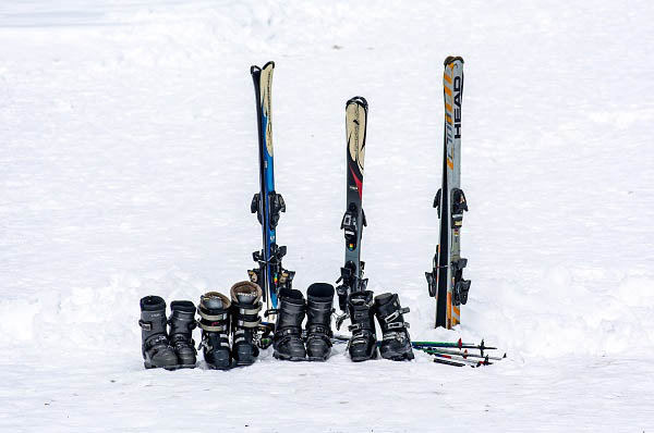 how to tell if ski boots are too stiff
