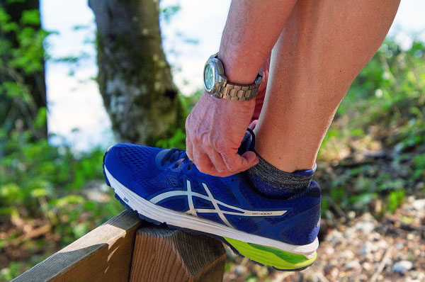 best running shoes for extensor tendonitis